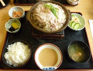 蒸し豚定食の写真