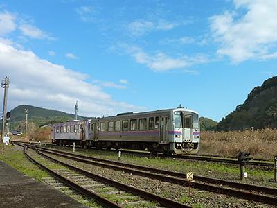 重安駅で撮影した美祢線車両の写真