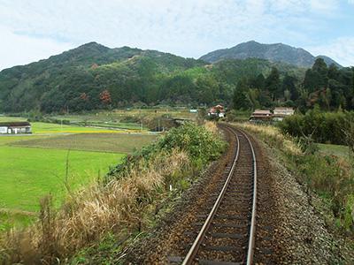 於福駅から渋木駅間の田園風景の写真