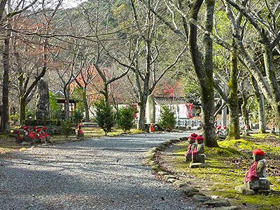 大寧寺のお地蔵様の写真