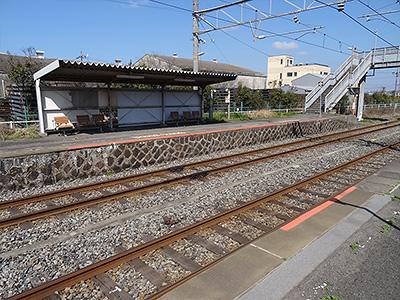 小野田港駅のホームの写真
