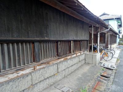 備荒貯蓄米倉庫の外観の写真