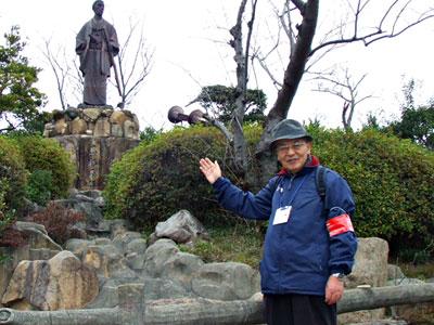 下関観光ガイドの会の平松さんの写真