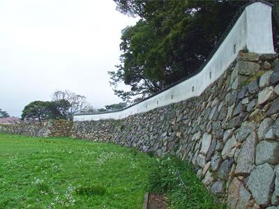 銃眼土塀の写真